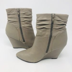 Seychelles Short Wedge Ankle Booties
